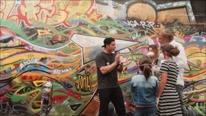 cours-graffiti-paris-activite-en-famille-street-art-paris-joris