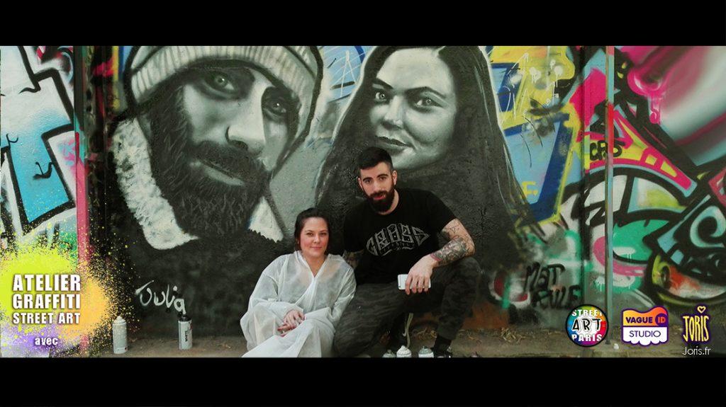 Un cours de graffiti à Paris, un Atelier Street Art avec l'Artiste Joris... Sur la photo on peux voir Julia et Mathieu qui on chacun fait le portrait de l'autre... Très réussie !!!