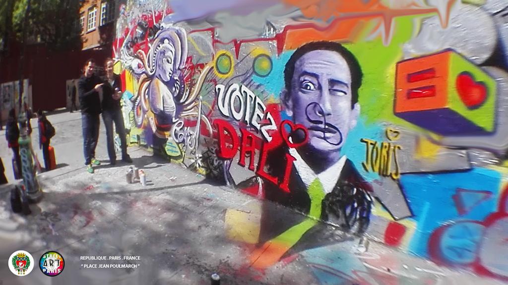 Un cours de graffiti à Paris, un Atelier Street Art avec l'Artiste Joris... Sur la photo on peux Caroline et son joli Buddha... Très réussie !!!