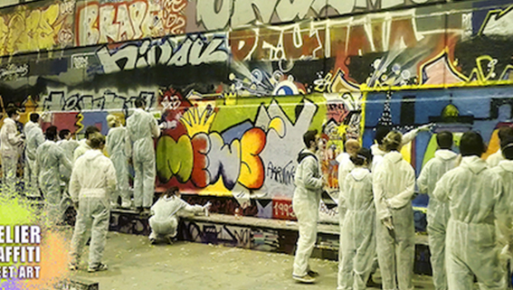 TEAM-BUILDING-GRAFFITI-ATELIER-COURS-STREET-ART-PARIS